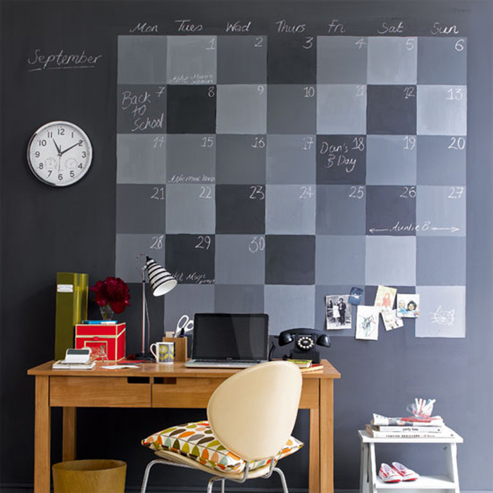 4. BlackBoard-Wall
